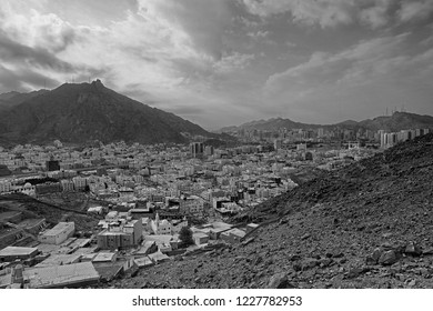 Great cityscape shot of the Mecca city from the middle part of Jabal Nur hiking trail. Soft focus effect due to large aperture setting