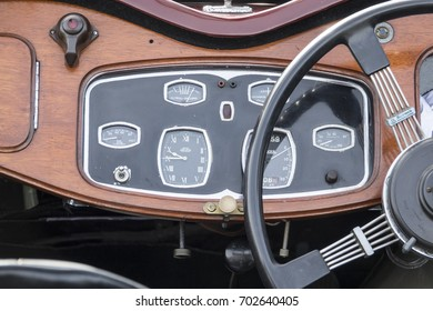 Great Dorset Steam Fair:24th August 2017: Vintage car dashboard on display at the fair.