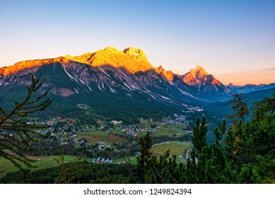Great evening scene of Dolomite Alps, Cortina d'Ampezzo, southern Alps in the Veneto region of Northern Italy, Europe. Scenic view of majestic mountains in autumn time.