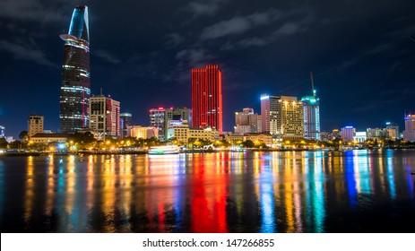 Great Metropolis night shot.