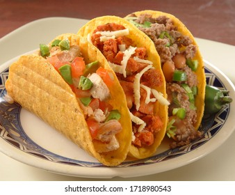 Great mexican tacos with vegetables