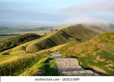 The Great Ridge in the Hope Valley, Peak District, Derbyshire