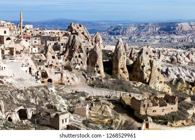 The great tourist attraction of Cappadocia. Cappadocia is known around the world as one of the best places to fly with hot air balloons. Goreme, Cappadocia, Turkey.