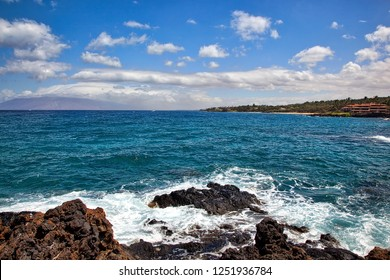 Great views and snorkeling near Makena beach on Maui, Hawaii