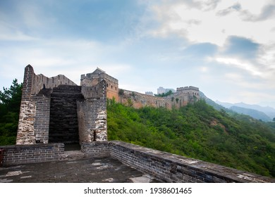 The Great Wall in China,The Great Wall and the beautiful clouds in the morning