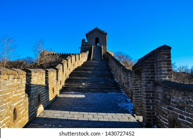 """Great wall of China. There are 23 watchtowers distributed at close intervals along the wall. They are located not only in the main wall but also at the distinctive """"branch city""""."""