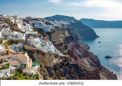 Greece, Santorini, view of the Caldera sea area from the Oia village