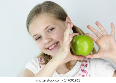 Green apple for a snack