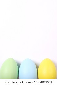 green, blue, yellow easter egg / color easter eggs
