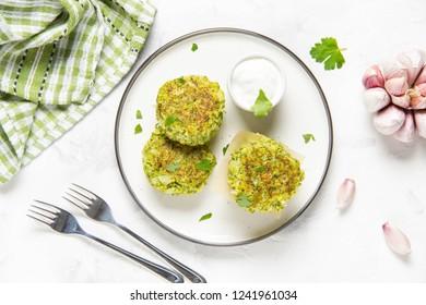 Green broccoli pancake, tasty healthy lunch, vegetarian diet food