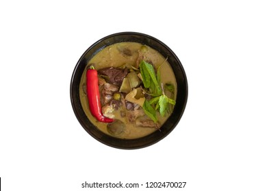 Green chicken curry is one of Thai cuisine . The ingredients are green curry paste ,chicken , chicken blood cubes, red spur chilli , Thai eggplant , sweet basil , kaffir lime leaves and coconut milk