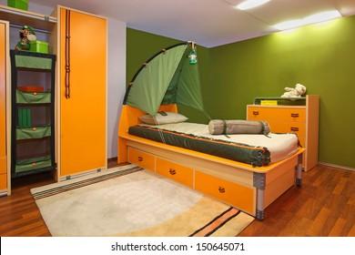 Slaapkamer Kind Images, Stock Photos & Vectors | Shutterstock