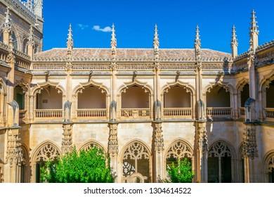 Green courtyard at Monasterio de San Juan de los Reyes at Toledo, Spain