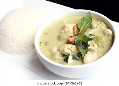 green curry with coconut milk