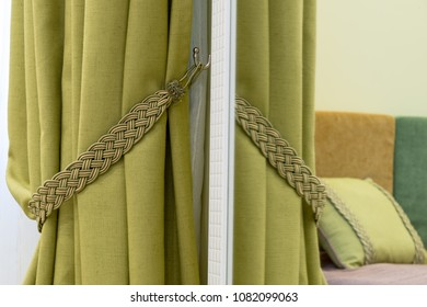 Green curtain rope