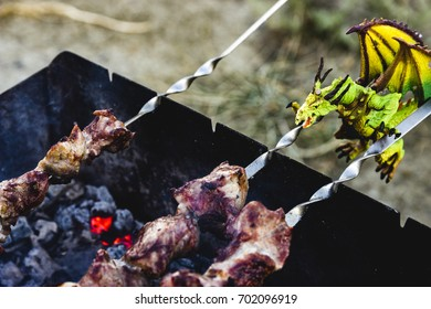 green dragon is cook roasted meat