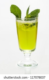Green drink with mint