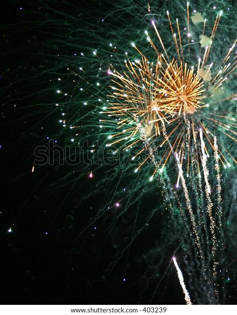 Green Fireworks_1