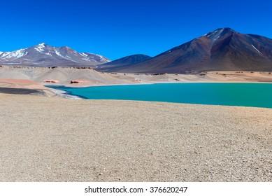 Green Lagoon (Laguna Verde), Chile