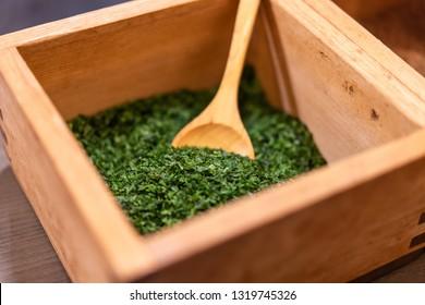 "Green laver used for Japanese traditional food ""Okonomiyaki"""