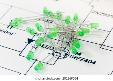 Green LEDs and electronic scheme