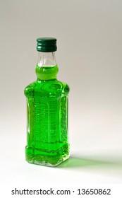 Green liqueur drink