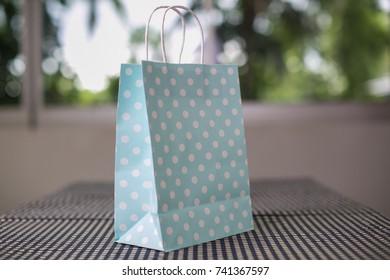 Green Paper Pastel Bag pokadot.