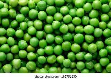 Green peas   background / top view
