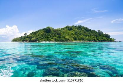 Green Pinnacle Desert Island