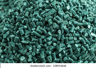 Green recycled plastic granules