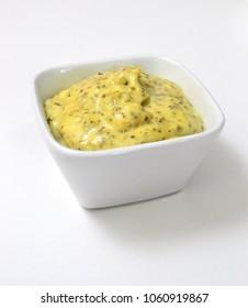 green salsa dip