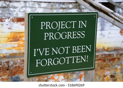 green sign for project in progress