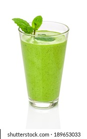 Green smoothie with mint