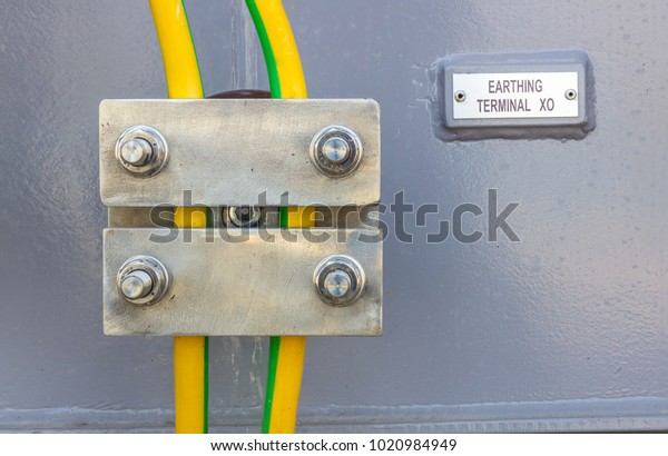on yellow wire in light switch