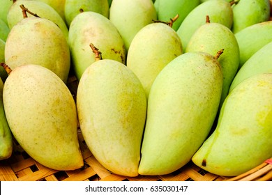 Green - Yellowish Mangoes