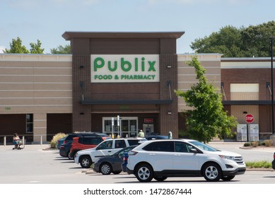 Greenville, NC/United States- 08/06/2019: A Publix grocery store from the outside.