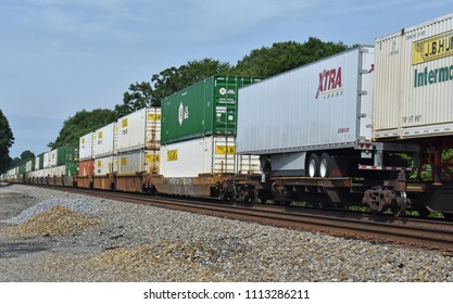 greenvillescusa june 14 2018 intermodal freight containers piggy back
