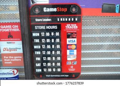Gamestop Images Stock Photos Vectors Shutterstock