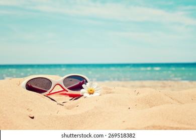 greeting card background - beach holidays