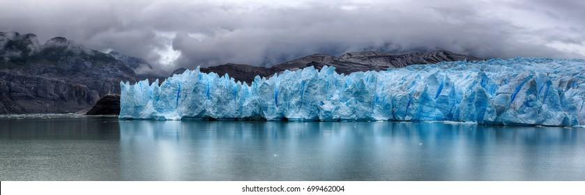 Grey Glacier at Torres del Paine N.P. (Patagonia, Chile) - HDR image