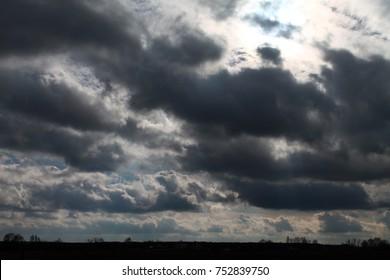GREY SKIES AND BEAUTIFUL CLOWD