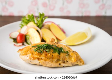 Grilled Fish and Fruit Salad