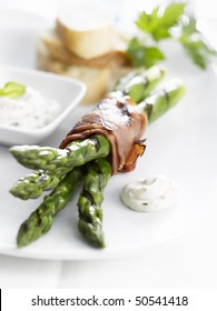 Grilled green Asparagus with ham