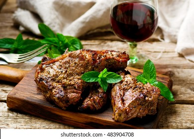 Grilled lamb chops marinated with mint .style rustic. selective focus