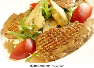 Grilled pork meat with vegetables
