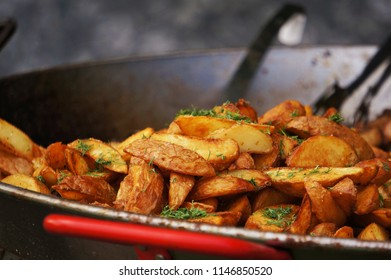 Grilled potato with dill