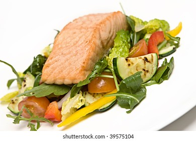 Grilled Salmon on a bed of salad