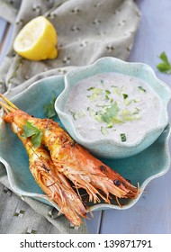 grilled shrimps  with indian sause
