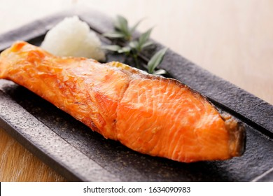 Grilled silver salmon (Japanese style)