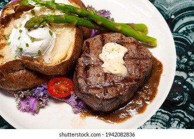 Grilled Sirloin Steak With Baked Potato
